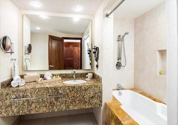 Blue Bay Grand Esmeralda Riviera Maya, Mexico bathroom