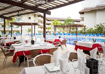 Blue Bay Grand Esmeralda Riviera Maya, Mexico pool bar