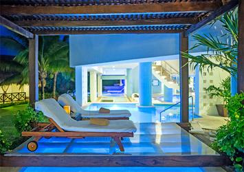 Blue Bay Grand Esmeralda Riviera Maya, Mexico relaxing