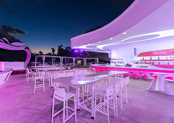The Tower By Temptation Cancun 21 Plus bar