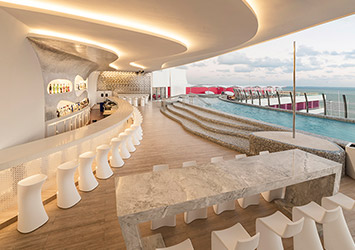 The Tower By Temptation Cancun 21 Plus pool bar