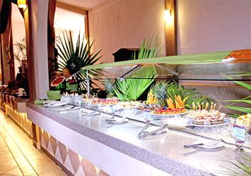 All Ritmo Cancun Resort And Waterpark buffet