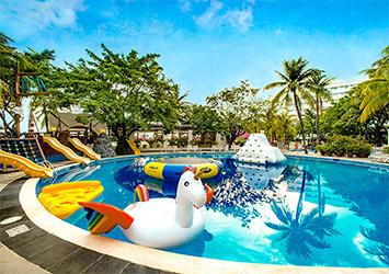 Grand Oasis Palm kids pool