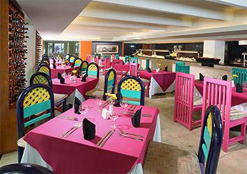 Grand Oasis Palm cafe