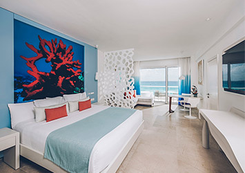 Coral Level At Iberostar Selection Cancun bedroom