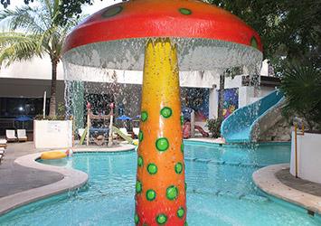Oasis Palm Cancun, Mexico kids pool time
