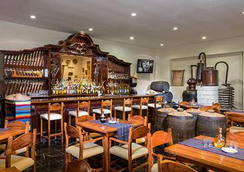 Oasis Palm Cancun, Mexico  bar