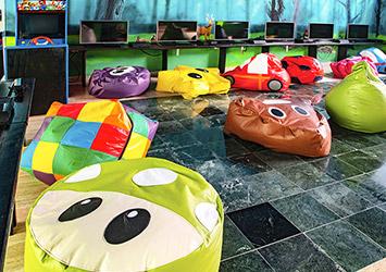 Oasis Palm Cancun, Mexico fun room