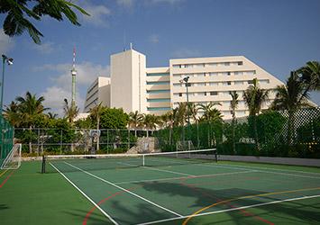 Oasis Palm Cancun, Mexico tennis