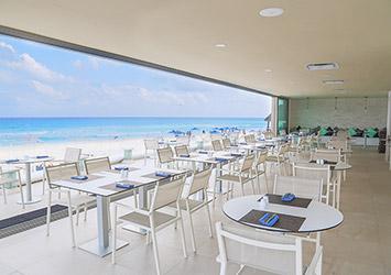 Sandos Cancun Cancun, Mexico beach cafe
