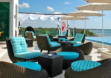 Blue Bay Grand Esmeralda Riviera Maya, Mexico beach bar