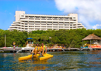 Royal Solaris Cancun Cancun, Mexico paddle boats