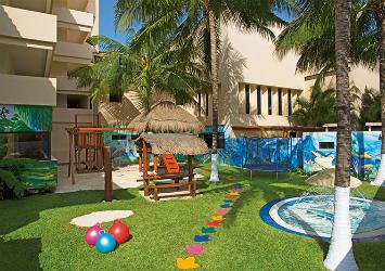 Dreams Puerto Aventuras Resort And Spa Riviera Maya, Mexico playground